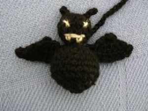 bat cat toy 1