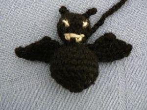bat cat toy 1